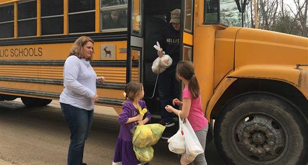 Schools to Deliver Meals to Students